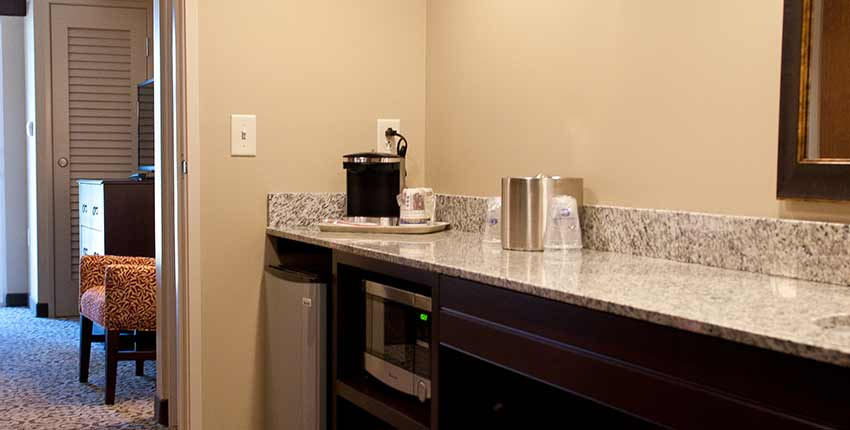 Two Room Family Suites with Three Beds of Best Western Plus Intercourse Village Inn & Suites